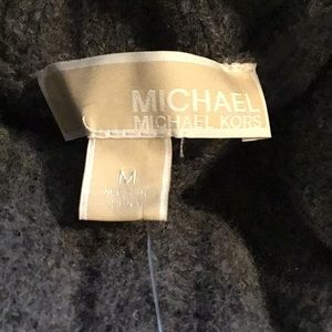 Y) Women's brand new Michael Kors Sweater w/tag